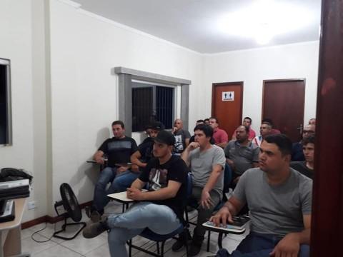 Curso Operador de Máquinas Florestais em São Miguel Arcanjo